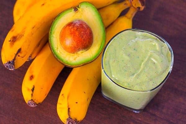 Маска из авокадо и банана для волос