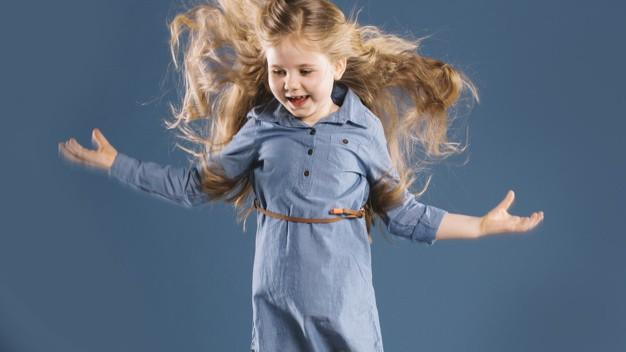 у ребенка седая прядь волос