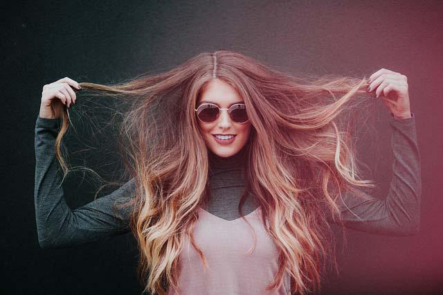 как осветлить концы волос в домашних условиях